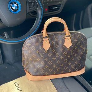💝 NEW COWHIDE 💝Louis Vuitton Alma pm hand bag